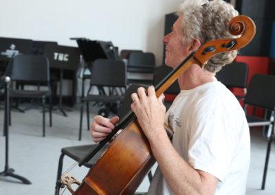 Chris White in Gunther Tiedemann's workshop